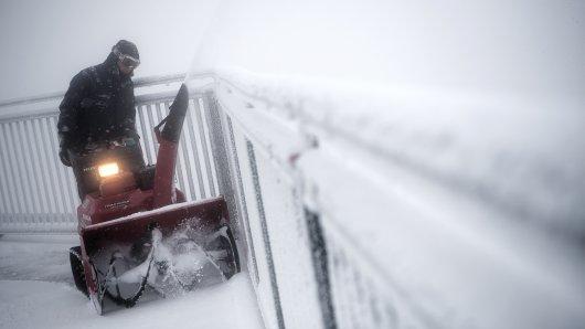 Der Deutsche Wetterdienst rechnet mit Schnee in NRW. (Symbolbild)