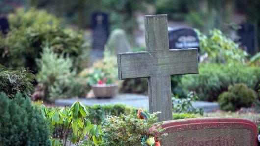 In den USA hat ein Priester den Selbstmord eines Teenagers kritisiert - und das auf seiner Beerdigung.