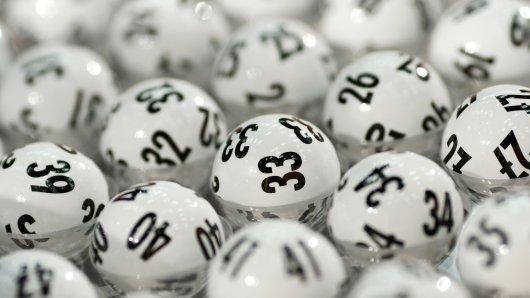 In den USA wird ein Lotto-Milliardär gesucht.