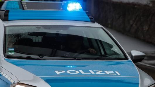 In Kaiserslautern lieferte ein Mann seine eigene Tochter bei der Polizei ab. Die Begründung hätten die Beamten sicher nicht erwartet. (Symbolfoto)