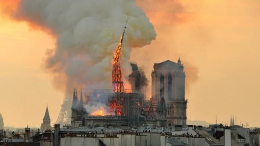 Es sind Bilder, die den Menschen noch lange im Kopf bleiben werden. Die Spenden für den Wiederaufbau der Notre Dame gehen mittlerweile in die Millionenhöhe.