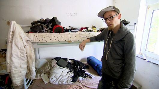 Der gebürtige Mainzer Jo (20) lebt seit vier Jahren auf der Straße und bekommt nun Unterstützung von seiner Bewährungshelferin.