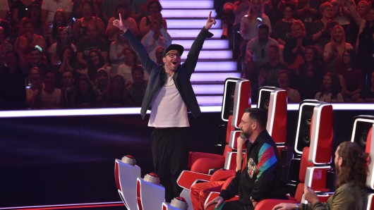 """""""The Voice of Germany"""": Mark Forster warnt Kandidatin Giulia."""