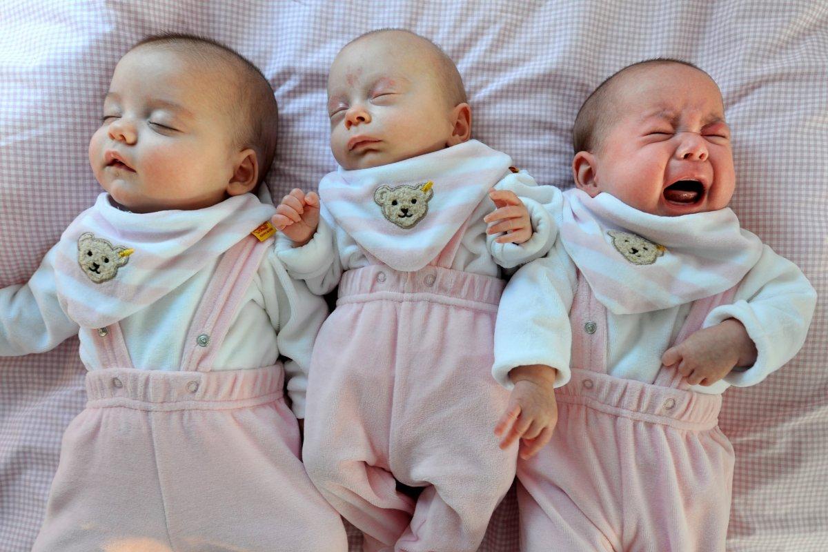 fb2e44087434de Kuscheln oder alleine schlafen  – Irrtümer zum Babyschlaf - Gesundheit -  derwesten.de