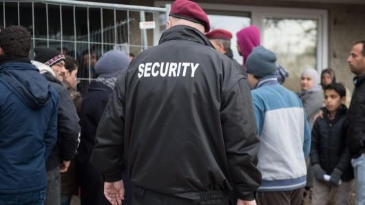 2017 werden in NRW weit weniger Flüchtlinge erwartet als 2016. (Symbolfoto)