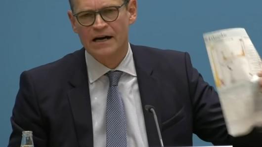 Corona-Standpauke von Berlins Regierenden Bürgermeister Michael Müller.