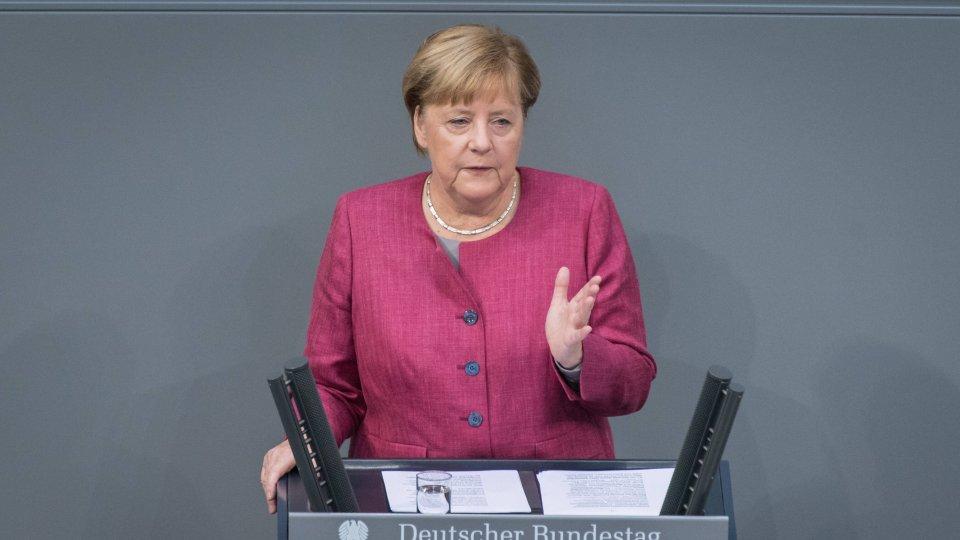 Angela Merkel hält erneut eine Corona-Regierungserklärung im Bundestag.