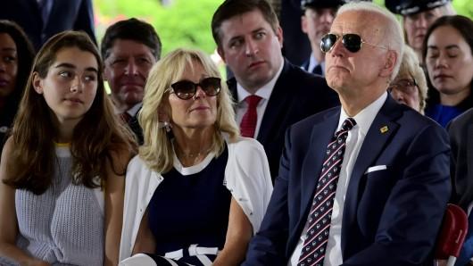 Joe Biden und seine Enkelin Natalie (Archivbild).
