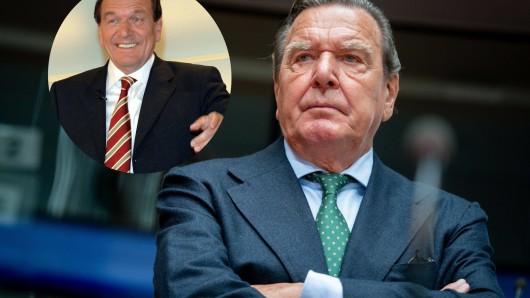 Gerhard Schröder heute – und 2005 bestens gelaunt in der Elefantenrunde.