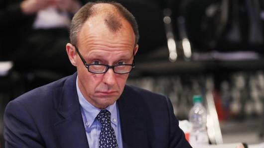 Friedrich Merz will neuer CDU-Vorsitzender werden – doch stolpert er ausgerechnet über seine Vergangenheit?