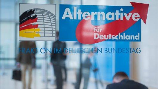AfD: Chats eines NRW-Vorsitzenden sorgen jetzt für Wirbel, der auch den Bundesvorstand beschäftigt. (Symbolfoto)