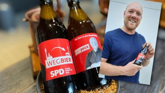 SPD-Kandidat Jens Peick und sein Wahlkampf-Bier.