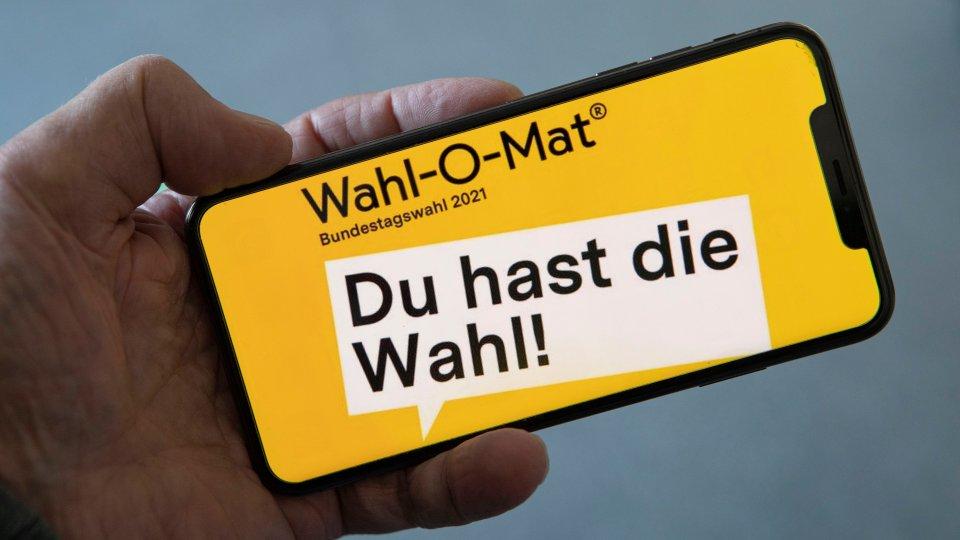 Millionen Deutsche nutzen den Wahl-O-Mat zur Wahlentscheidung.