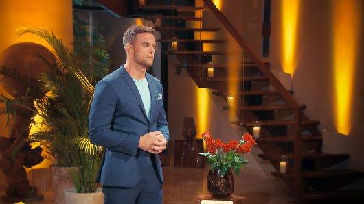 Bachelor Sebastian hat ein Date, das nicht so ist wie geplant.