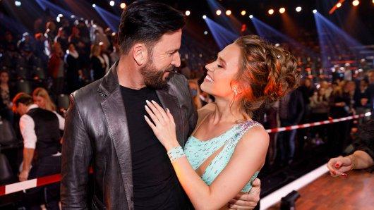 """Michael Wendler mit seiner Laura, die bei der RTL-Show """"Let's Dance"""" mitmacht."""