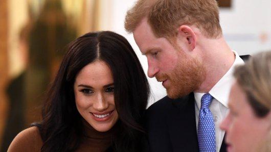 Prinz Harry macht seiner Frau Meghan Markle eine Ansage, die es in sich hat.