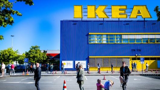 Schon bei der Ikea-Neueröffnung in Essen am 22. April bildeten sich lange Schlangen.