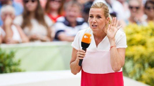 """""""Fernsehgarten""""-Moderatorin Andrea Kiewel macht ihren Kritikern in der Live-Sendung eine Ansage."""