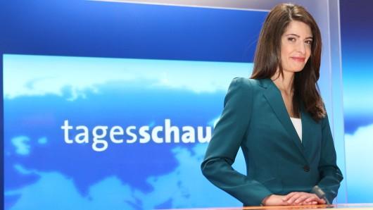 "Seit Mai 2013 ist Linda Zervakis als ""Tagesschau""-Sprecherin tätig."