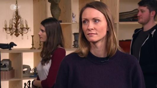 Bares für Rares (ZDF): Lena Ludwar wird von der Expertise überrascht. DAS hätte sie nicht erwartet.
