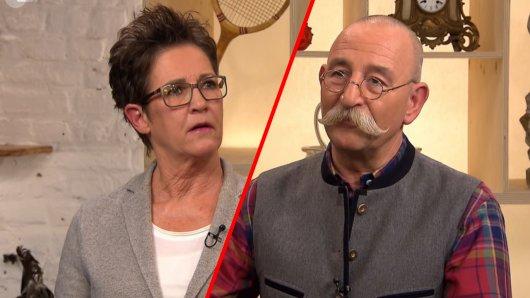 Katrin Schäfers ist das Erbstück viel Wert. Horst Lichter rät ihr deshalb von einem Verkauf ab.