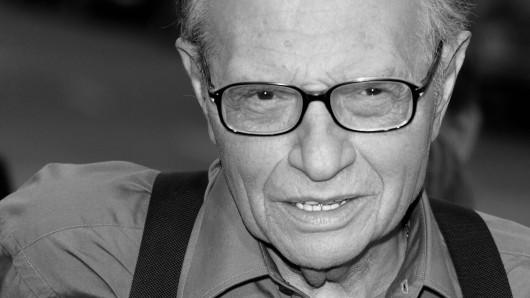 US-Talkmaster Larry King ist nach einer COVID-19-Erkrankung gestorben.