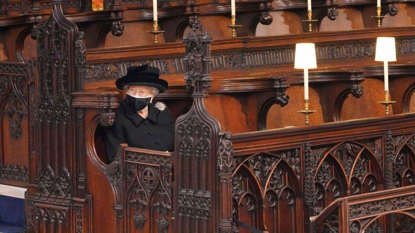 Queen-Elizabeth-II-Nach-Philips-Beerdigung-geht-sie-nun-DIESEN-Schritt-