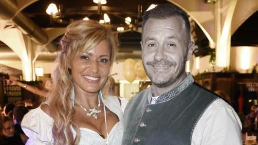 Jasmin und Willi Herren waren vier Jahre lang ein Paar. Zu seiner Beerdigung ist die 42-Jährige dennoch nicht erschienen.