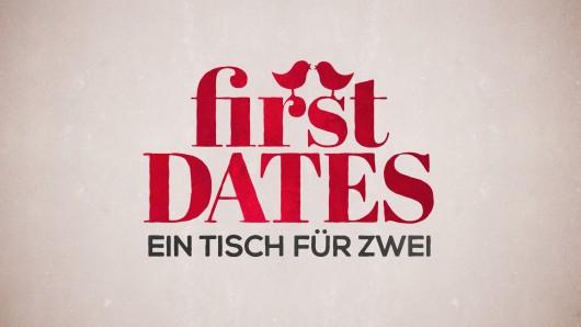 """Bei """"First Dates"""" will Andi seine Date-Partnerin Sissy am liebsten direkt auf sein Hotelzimmer bringen."""