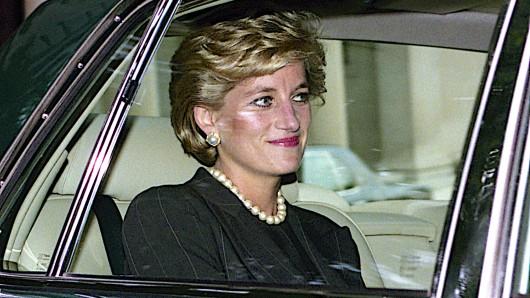 16 Jahre vor ihrem Tod erhielt Prinzessin Diana eine Warnung, die sich bewahrheiten sollte.