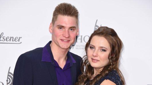 """Peter und Sarafina Wollny, hier bei einem Event im April 2017, sind regelmäßig in der RTL2-Show """"Die Wollnys"""" zu sehen."""