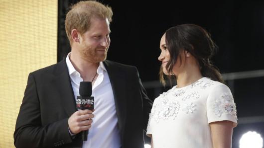 Prinz Harry lässt die Zuschauer ausrasten, als er DAS zu seiner Frau Meghan sagt.
