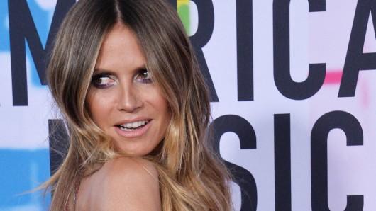 Heidi Klum heizt ihren Fans mit einem sexy Video ein.