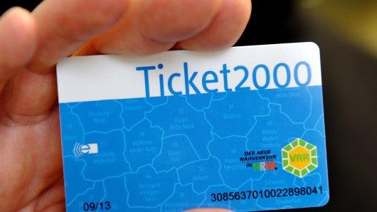 Wenn du in der Bahn 'ne fremde Fahrkarte gefunden hast, dann bring sie besser direkt ins Fundbüro! (Symbolbild)
