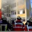 Die Feuerwehr rückte am Dienstag zu einer brennenden Hauptschule aus.