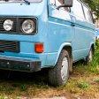 Mit einem blauen Transporter soll ein Kind in Düsseldorf entführt worden sein (Symbolbild)