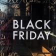 Die Verkäufer locken am Black Friday mit massiven Rabatten.