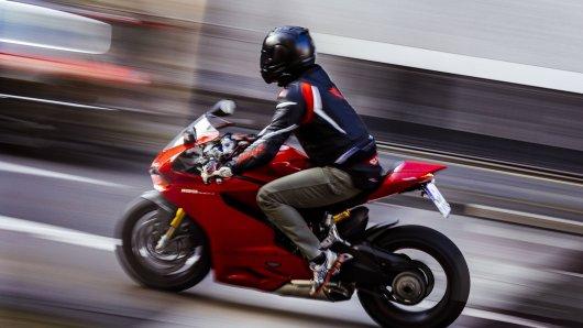Motorradunfall in Dülmen: 20-Jähriger verletzt sich dabei schwer.