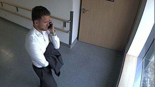 Krankenhaus-Diebstahl in Bonn: Wer kennt diesen Mann?