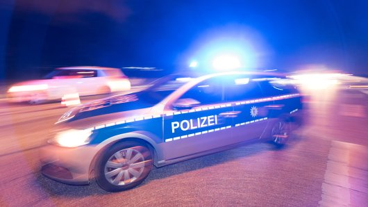 Die Polizei Köln hofft, dass vielleicht Zeugen den Täter gesehen haben. (Symbolfoto)