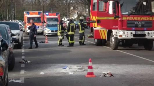 Ein Mann hat sich vor dem Amtsgericht in Krefeld selbst angezündet.