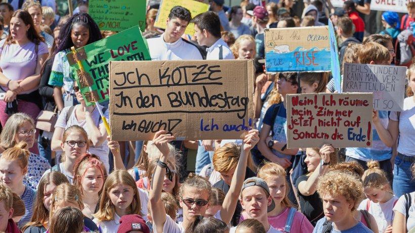 fridays for future  nrw-schule geht nun als erste drastischen schritt - dortmund