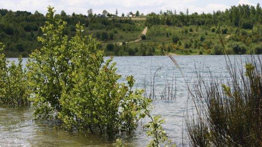 Im Blausteinsee im ehemaligen Tagebau bei Eschweilerist eine Frau ertrunken.