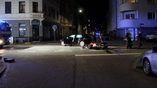 In Aachen ist es in der Nacht zu einem schweren Verkehrsunfall gekommen. Dabei starb ein 30-jähriger Motorradfahrer.