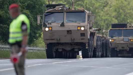 Panzer der US-Armee rollen durch NRW. (Symbolbild)
