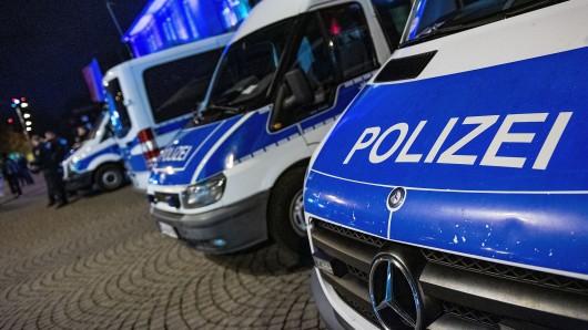 Eine junge Frau hat eine Bundespolizistin angegriffen, gegen sie wurde Strafanzeige erstattet. (Symbolfoto)