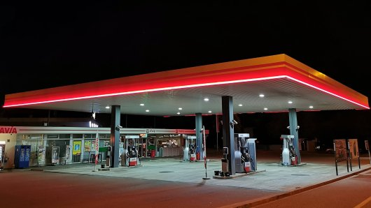 NRW: Ein 64-Jähriger wollte eine Tankstelle in Hamm anzünden. (Symbolbild)