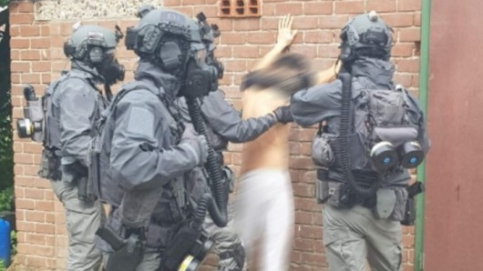 NRW: Die niederländische Polizei nimmt einen Drogenkoch hoch.