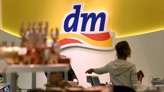 dm: Nach einem Einkauf in einer Filiale in Münster flippte ein Kunde völlig aus. (Symbolbild)