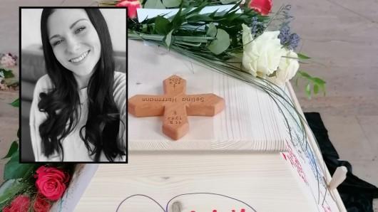 Die junge Mutter Selina H. wurde von einem Zug überrollt und ist gestorben.
